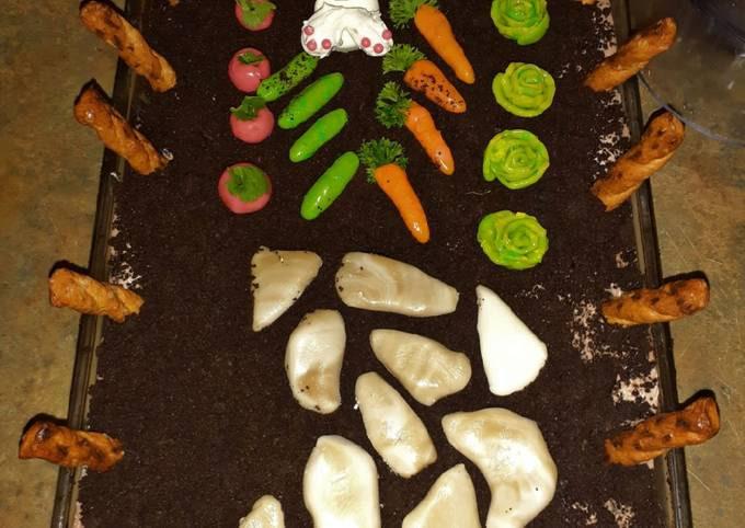 Pass the Garden Dirt Cake