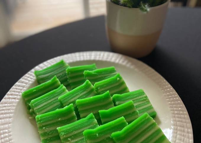 Indonesian layers go green cake
