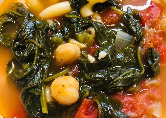 Easy Spinach ~ Garbanzo Soup 🥣