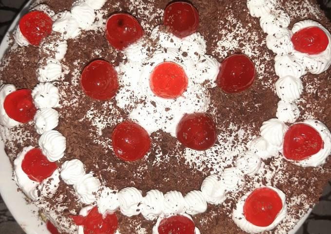 Black forest cake (INSTANT)
