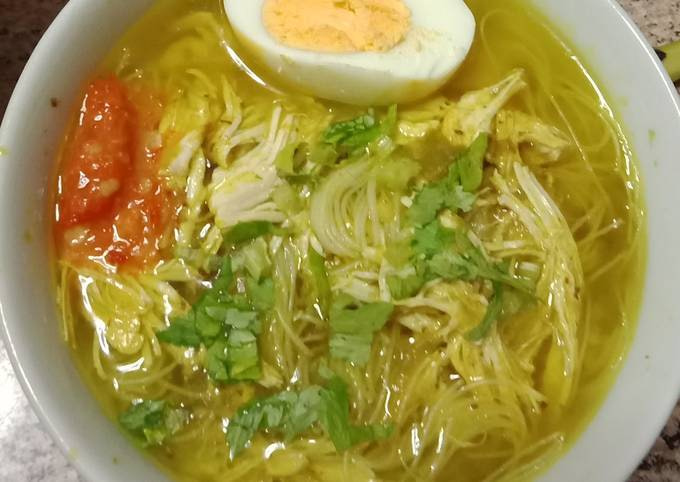 Chicken Soto Soup