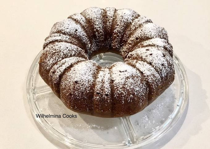 Pumpkin Molasses Cake