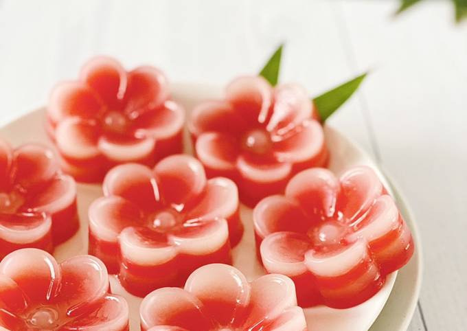 Kue Lapis Bunga (Flower Layer Cake)