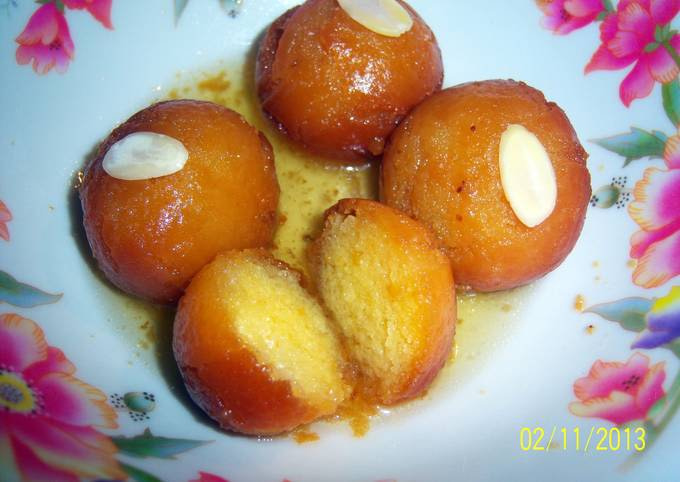 Sobzee's indian Gulab jamun (doughnut like balls soaked in syrup