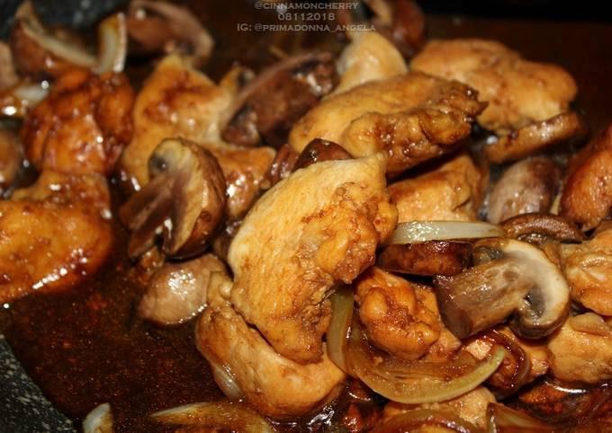 Chicken and Mushroom Stir-Fry