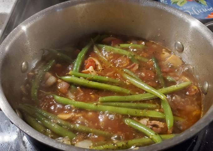 My French Green Beans with Bacon, Tomatoes and Mushrooms