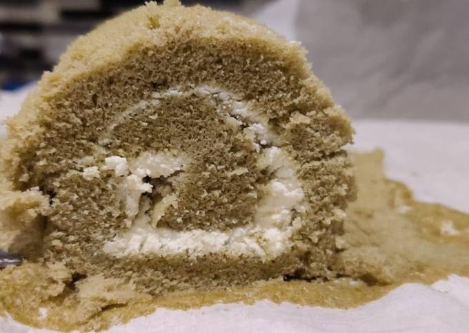 Japanese Matcha Swiss Roll Cake