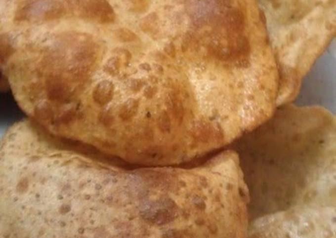 Poori--Indian Deep-Fried Bread