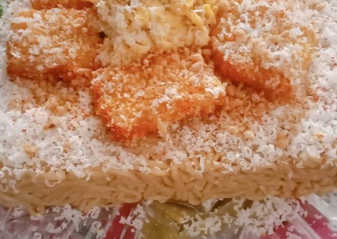 "Indomie ""Birthday Cake"""
