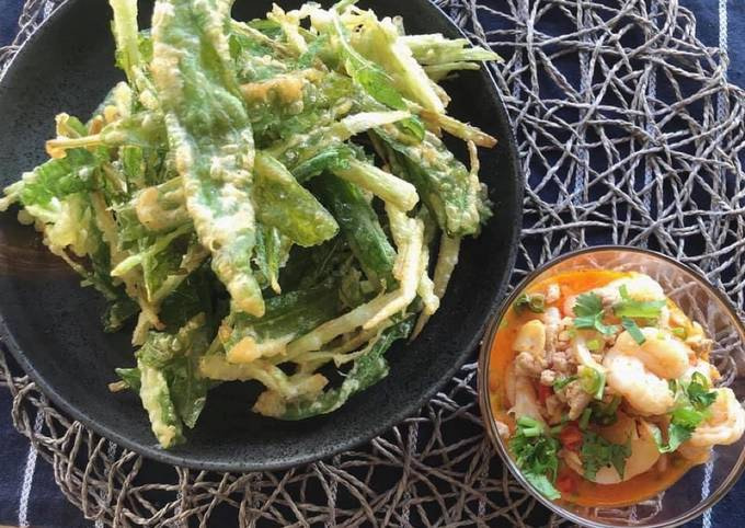 🧑🏽🍳🧑🏼🍳 Thai Salad Recipes • Crispy Water Spinach Salad Serve with Tom Yum Sauce |ThaiChef Food
